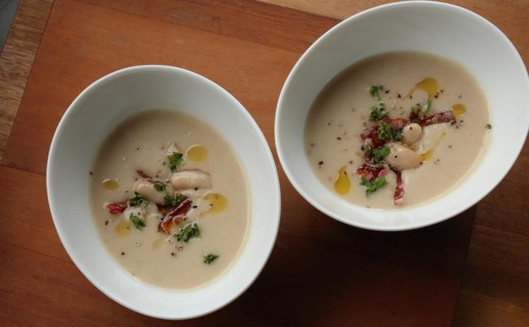 いんげん豆のクリームスープ