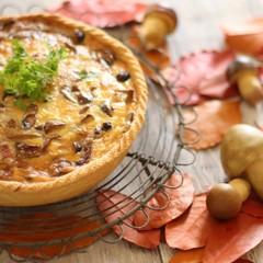 秋の味覚!きのこたっぷりサクサクキッシュとほっこり栗のスープ