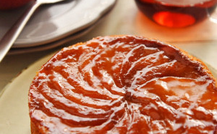キャラメル林檎のアップサイドダウンケーキ