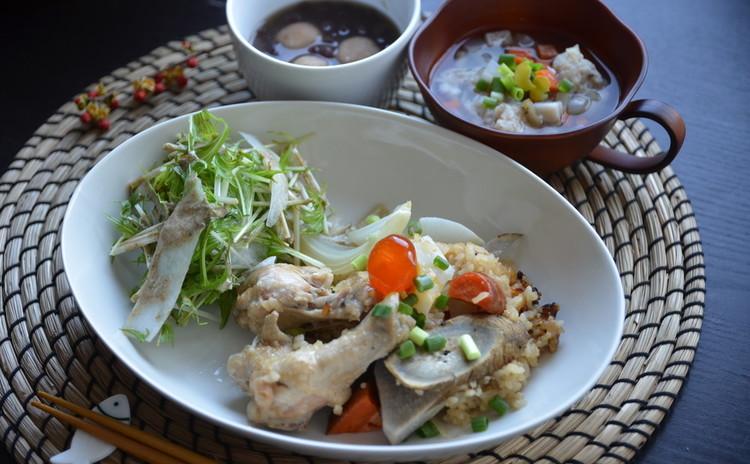 【お砂糖フリーの和食】土鍋で炊く手羽元とゴロゴロ野菜の炊き込ゴハン