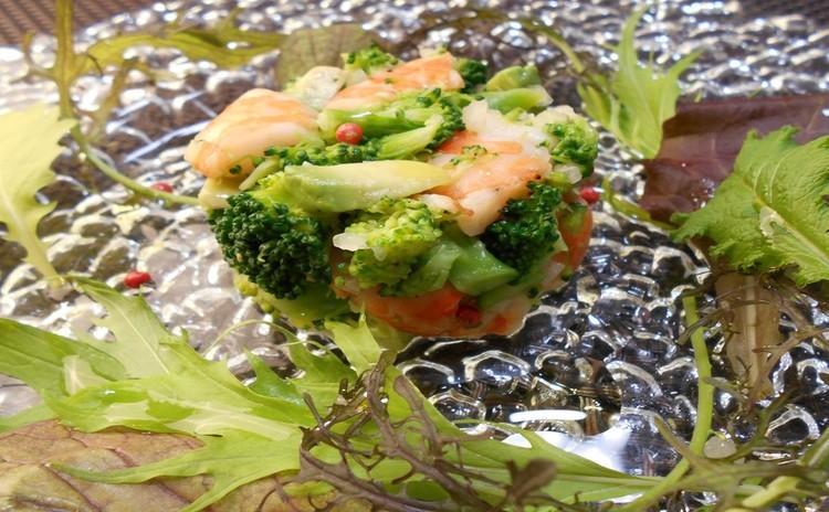 海老とブロッコリーのサラダ仕立て