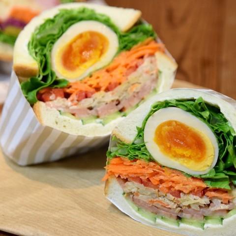 焼き豚と煮卵のアートウィッチ