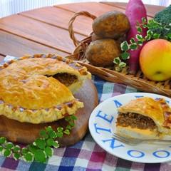 Xmasにも洋風おせちにも♪とろけるチーズとポテトのミートパイ