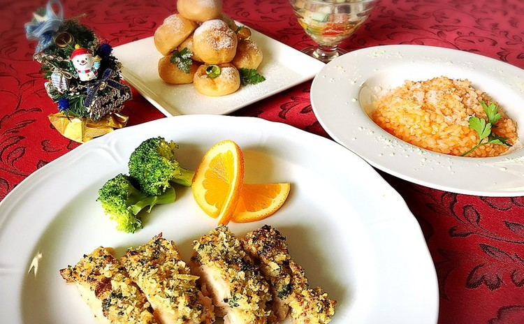 カニの贅沢リゾットと若鶏の香草パン粉焼き♪クロカンブッシュでXmas