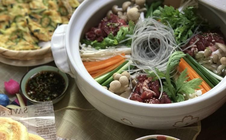 韓国鍋! プルゴギ チョンゴル、ジョン、チョレギサラダ、ホットクなど