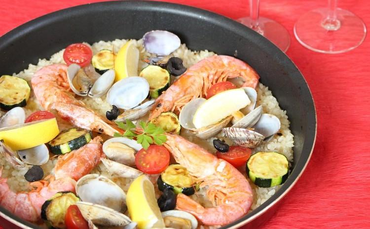 スペイン料理でホムパに使える献立♪パエリア アヒージョ ビスコッティ