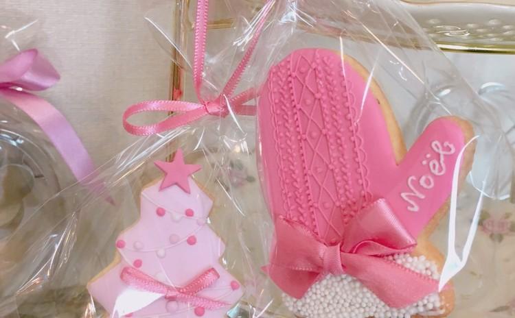 雪つもる、ピンクで彩るクリスマス☆アイシングクッキー