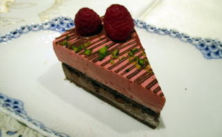 糖質制限ショコラと木苺のアントルメ