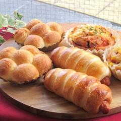1つの生地でおかずパン2種とモンキーブレッド!ホシノ天然酵母で。
