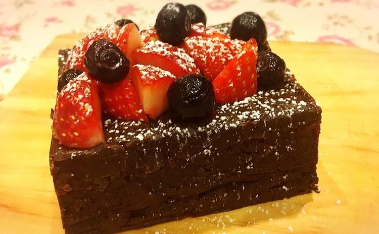 グルテンフリーチョコレートケーキ