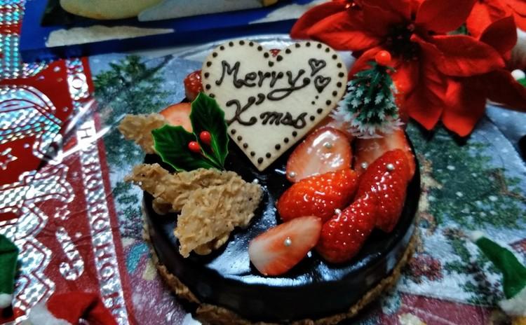 チョコ&ベリーのクリスマスケーキ