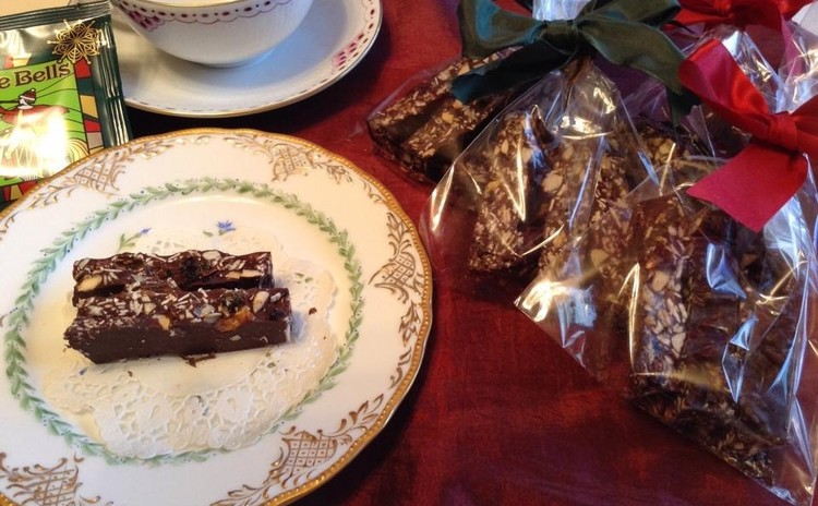 バレンタイン♡チョコレートバー〜手作りグラノーラを使って