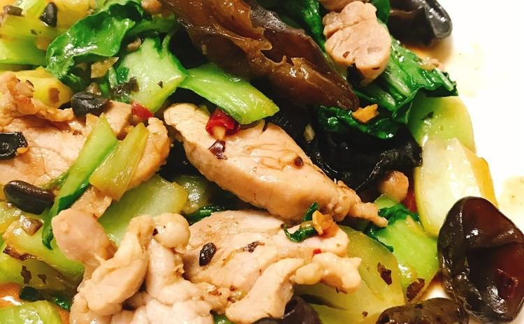 青菜と豚肉のトウチ炒め