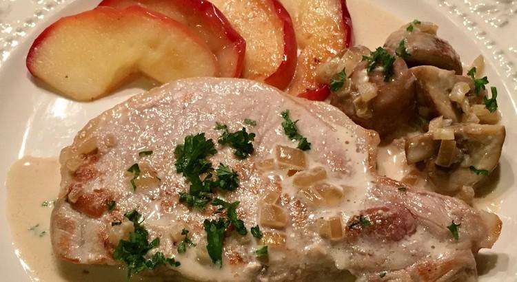 豚肉とリンゴのソテー*カルヴァトスの香り