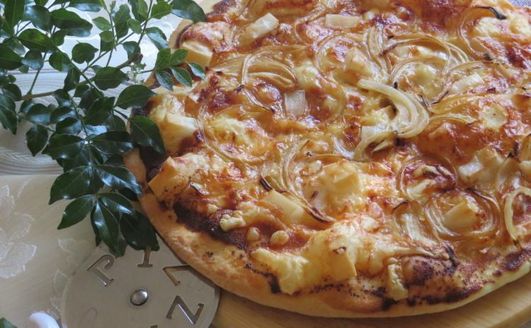 明太・玉葱・お餅がたっぷり♪ピッツェリアで食べた明太餅チーズピザ