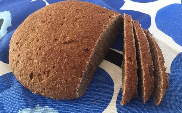 サワー種から作るライ麦パン ( Ruisleipä )