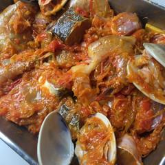 厳選食材で作る魚介たっぷりのブイヤベース