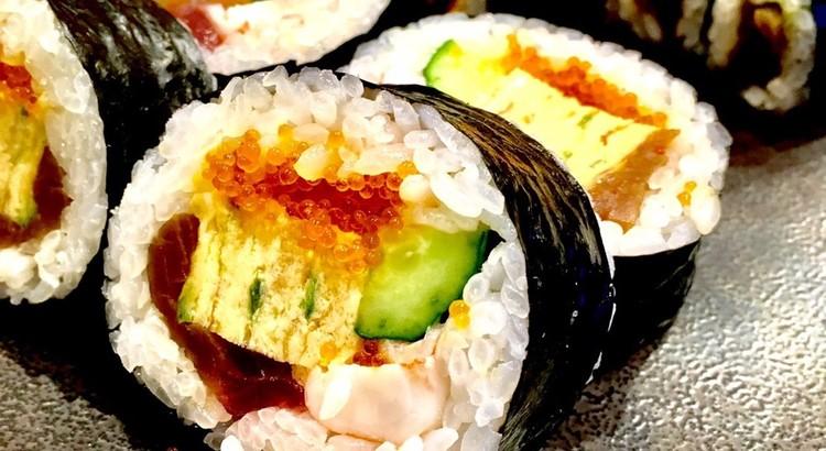 寿司屋に学ぶ 見栄え良し、食べて満足 恵方巻♪