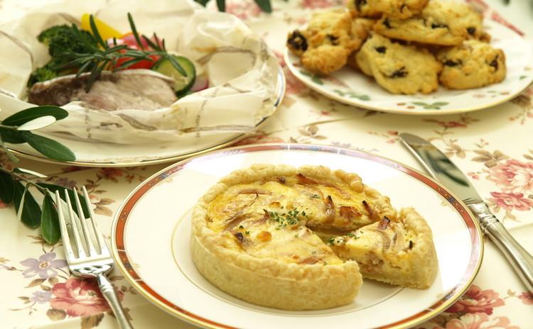 お手軽キッシュ・魚と野菜の包み焼き・レーズンくるみのロッククッキー