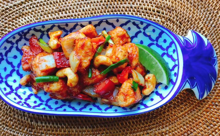 まるで中華なタイ料理3品☆鶏とカシューナッツ・シュウマイ3種・エビ炒飯