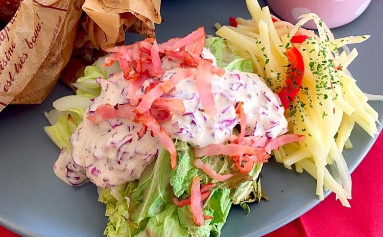 グリル白菜のピンクシーザーサラダとシャキシャキさっぱりポテトサラダ