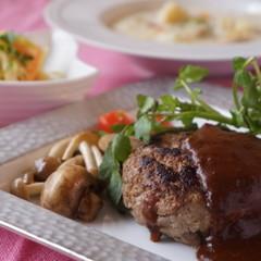 【子連れ限定!】バレンタイン!男子絶賛!ステーキ肉で粗挽きハンバーグ!