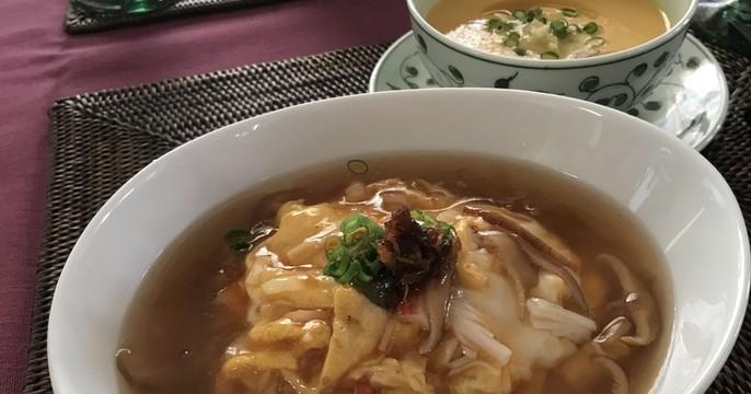 天津飯・焼豚・ブロッコリーの蠔油炒め・ごぼうのスープ