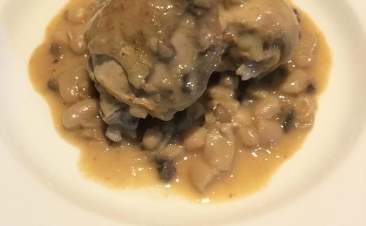 鶏もも肉と白インゲン豆の煮込みシードル風味