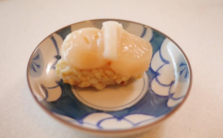 ホタテの握り寿司