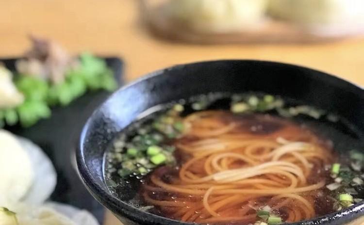 陽春麺(上海ネギ油温麺 )