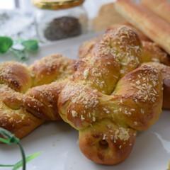 いつでも食べたい♡シュトーレン&カレーベーコンロールパン