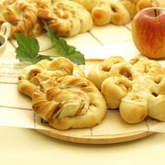 捏ねないパン作り!アップルシナモン&コーヒーシュガー 各6個持ち帰り♪