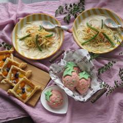 【親子】卵不使用イチゴメロンパン&パイ!スープスパとおまけのフルーチェ