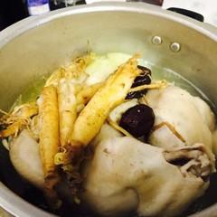 べっスク(백숙)1/2羽とカクデギ1本持ち帰り(韓国料理)