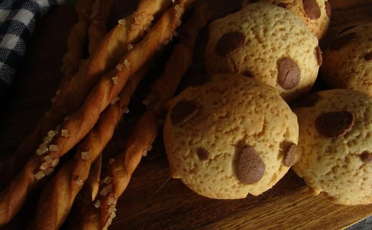 カリカリのシュガーバターグリッシーニ&小さくて可愛いパンダメロンパン♪