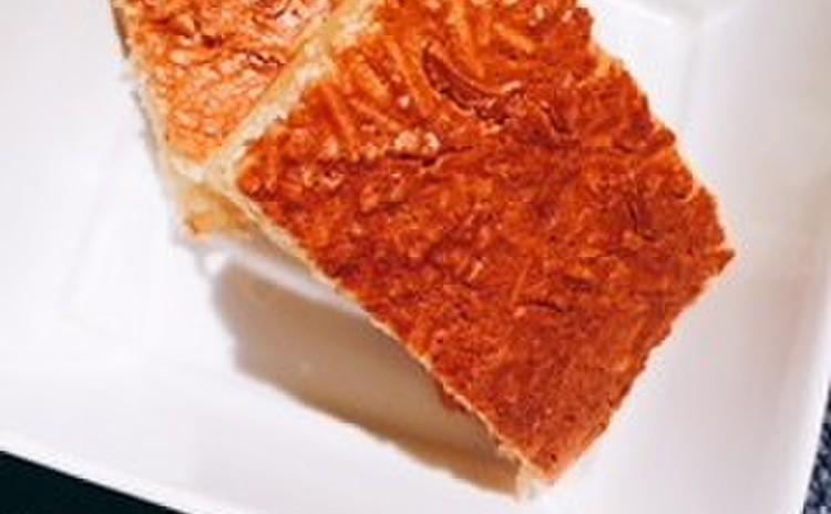 カノム・バーピン(ココナッツのもちもちケーキ)