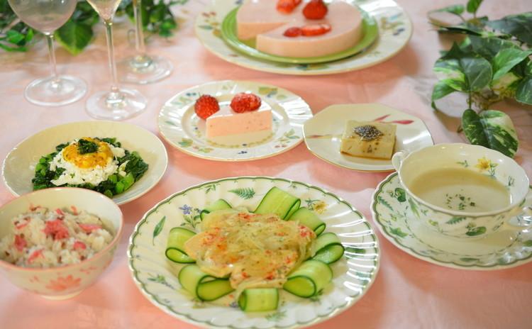 春色おうちごはん♪桜ごはん・むね肉カルパッチョ・苺ヨーグルトケーキ他