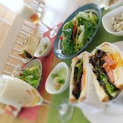 新じゃがビシソワーズ&おしゃれなグラブサンドで春の野菜おもてなしレシピ