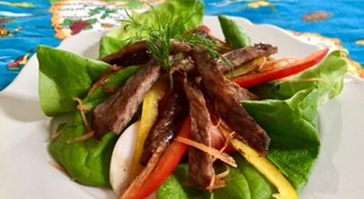 牛肉のタリアータ サラダ仕立て