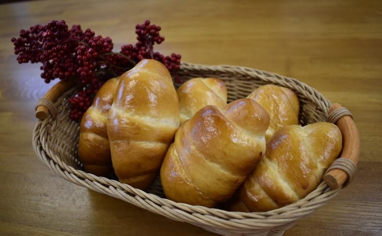 海洋酵母で作るロールパン