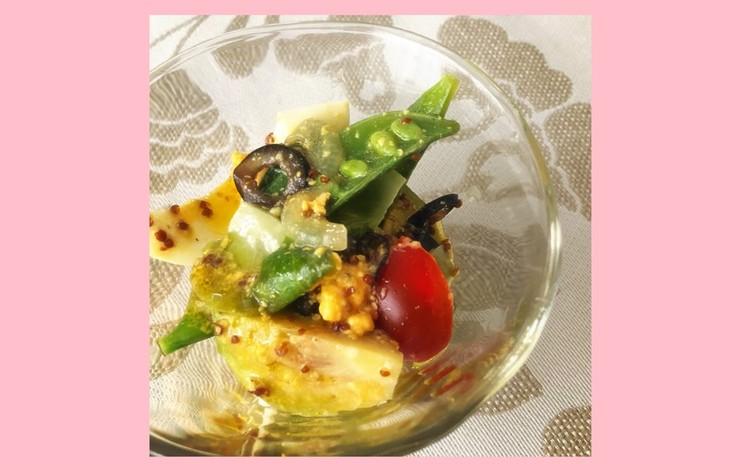 芽キャベツと卵のサラダ 粒マスタードドレッシング
