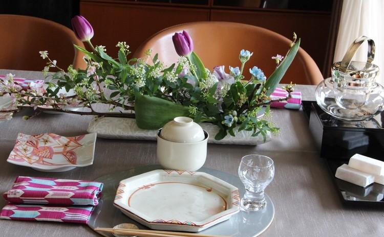 春のテーブル遊び・スイーツとフラワーアレンジメントを学ぶ