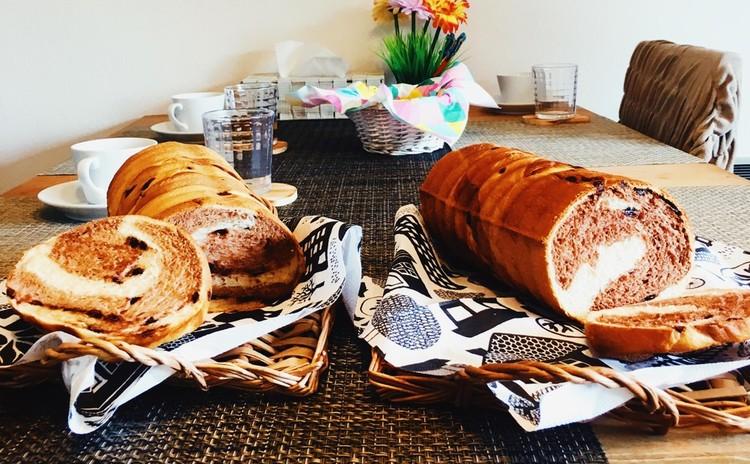 チョコとココアとミルクのマーブルパン