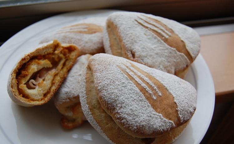 【プロが教える】ベーコンチーズカレーパンとハイジの白パン 2種類9個