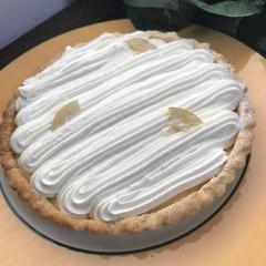 「レモンクリームチーズの爽やかパイ」(16㎝丸タルト1台)