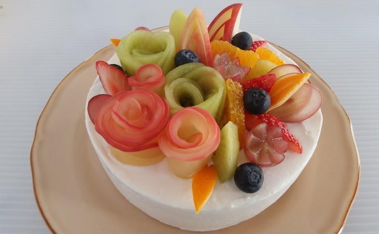フルーツもりもり!フルーツフラワーケーキ