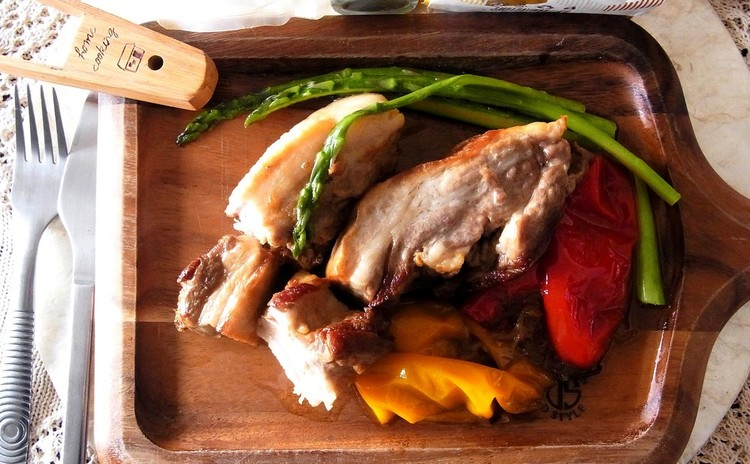 フォークで崩れちゃう!豚バラ肉とお野菜のブレゼ