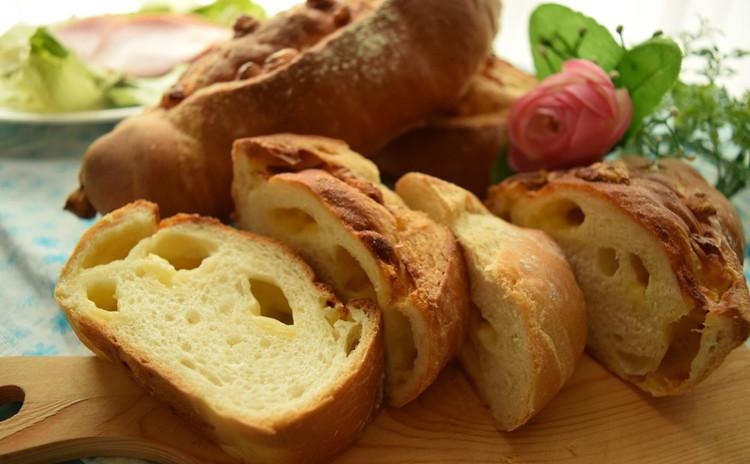 【母の日手作りプレゼント♪】チーズフランスパン&マドレーヌ(^^)/