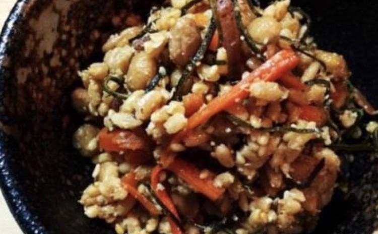 腸内環境を整えるカンタン常備菜『納豆こうじ』