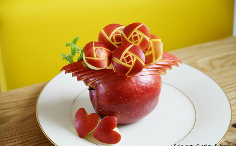 大人かわいい!「りんご彫刻」(フルーツカービング)レッスン♪